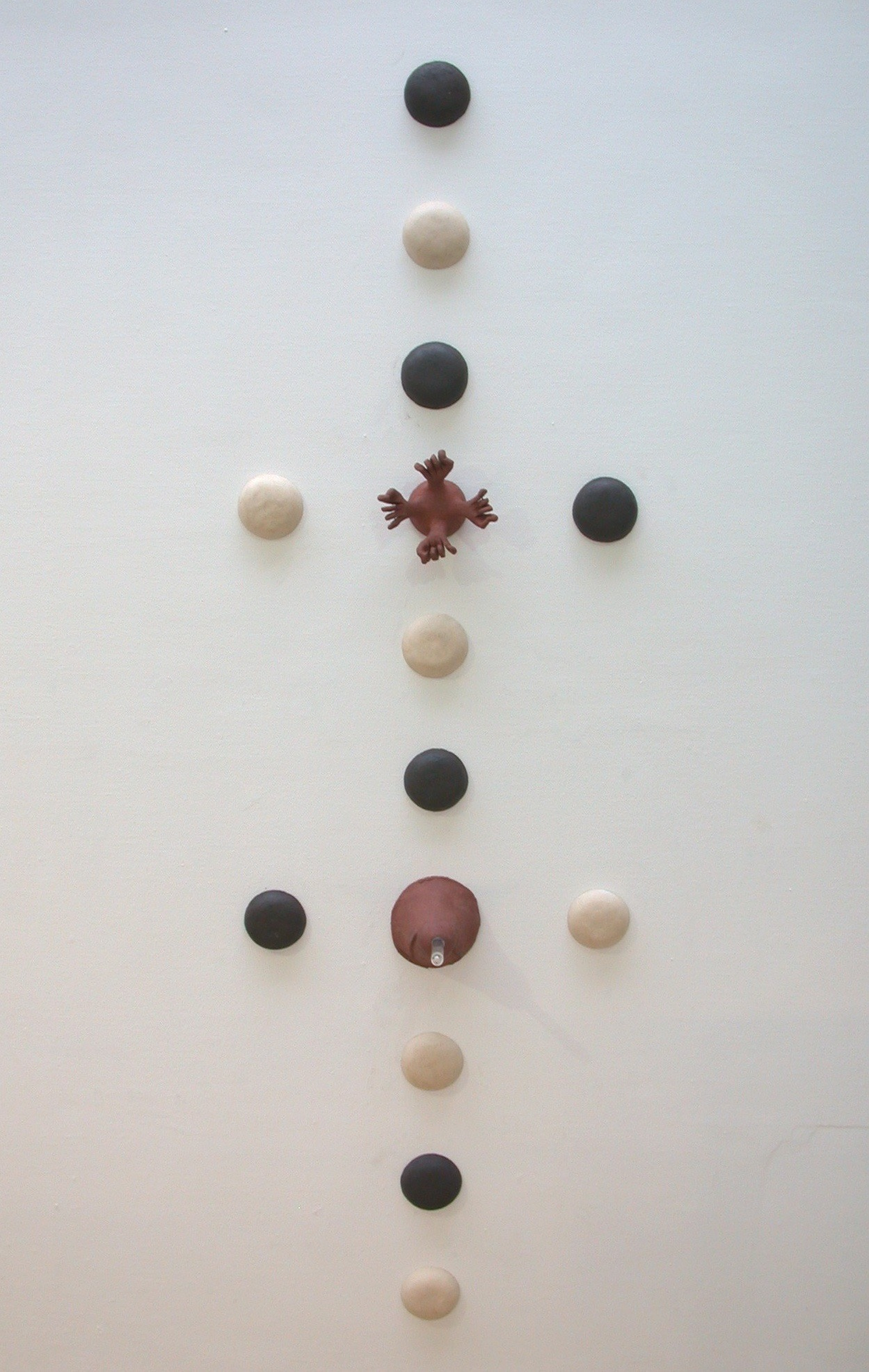Installation-Galerie 'de Meerse', ceramic and glass, variable dimensions, 2006
