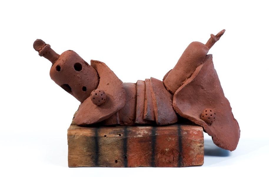 Still Life, ceramic, wood & charcoal, 27 X 46 X 25,5 cm, 2004