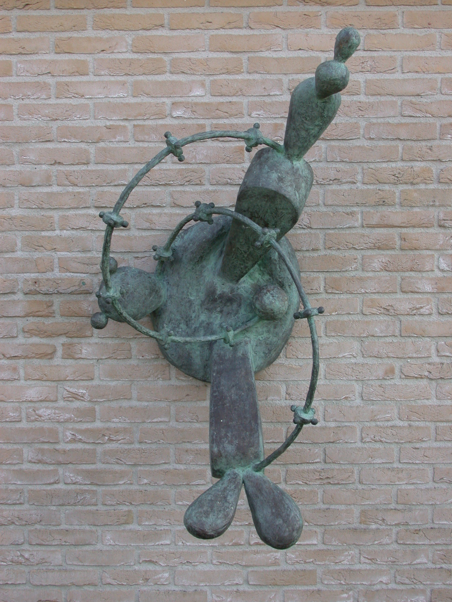 Madonna, bronze (unique cast for commission), 131 X 86 X 76 cm, 2001-2002